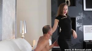 Seductive woman tastes jizz after anal pounding