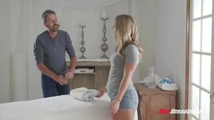 Mature masseur smashes his client's juicy cunt hard