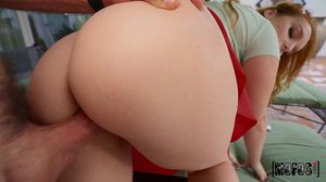 Redheaded bubble butt babe screwed in POV